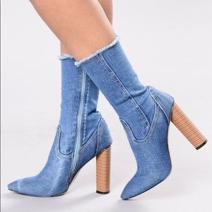 Size 7 | Denim Boots | FN